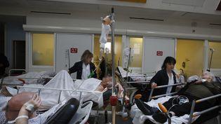 """Selon l'Insee,lahausse de la mortalité en 2015 est due à """"des conditions épidémiologiques et météorologiques peu favorables"""". (MAXPPP)"""