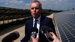 François de Rugy, ministre de la Transition écologique et solidaire, le 8 juillet 2019, àBaud (Morbihan). (MARTIN BERTRAND / HANS LUCAS / AFP)