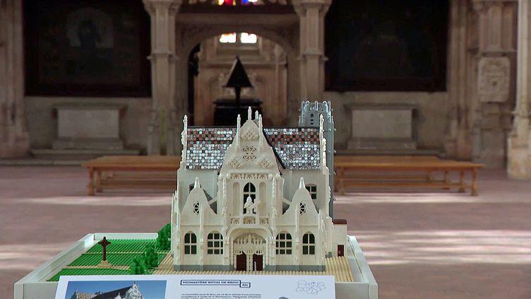 La maquette en Lego du monastère de Brou à Bourg-en-Bresse (Ain) (France 3 Aura)