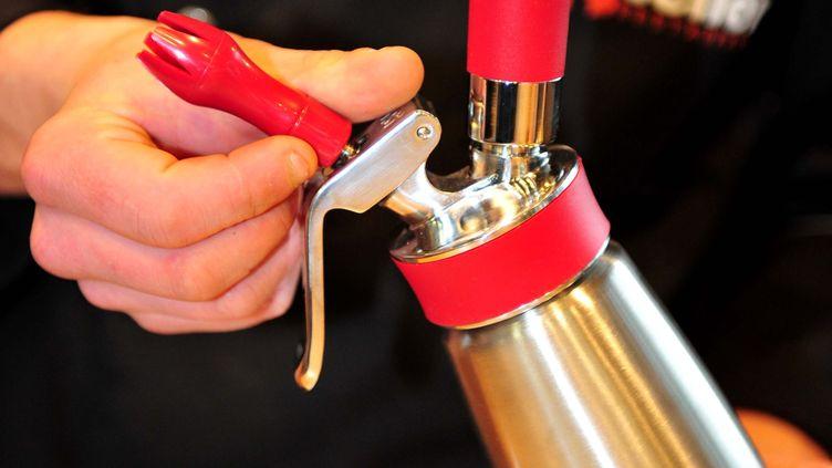 Un siphon à chantilly. (Photo d'illustration) (CLAUDE PRIGENT / MAXPPP)