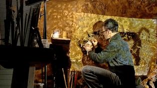 Derniers coups de pinceaux dans l'Atelier des fac-similés du Périgord  (Capture d'écran France 3/Culturebox)
