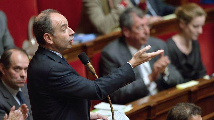 Le président de l'UMP, Jean-François Copé, opposé à l'ouverture du mariage aux couples homosexuels, s'exprime à l'Assemblée nationale, le 20 novembre 2012. (ERIC FEFERBERG / AFP)