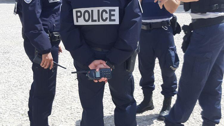Un groupe de policiers à Nîmes le 21 mai 2019 (illustration) (SYLVIE DUCHESNE / FRANCE BLEU GARD LOZÈRE / RADIO FRANCE)