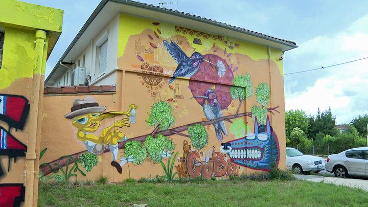 Projet en commun des deux street artistes Mr Myl et Möka 187 dans le quartier Bacalan de Bordeaux (France 3 Nouvelle Aquitaine)
