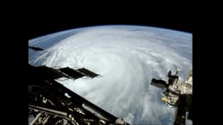 L'ouragan Matthew filmé depuis la Station spatiale internationale. (FRANCEINFO)
