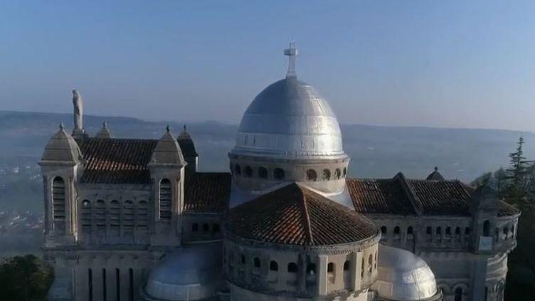La Basilique Notre-Dame-de-Peyragude a été bâtie il y a 70 ans. (FRANCE 2)