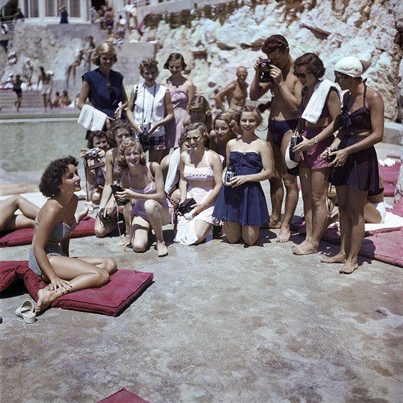 Elizabeth Taylor pendant le festival de Cannes à Eden Roc - 1949 (Willy Rizzo)