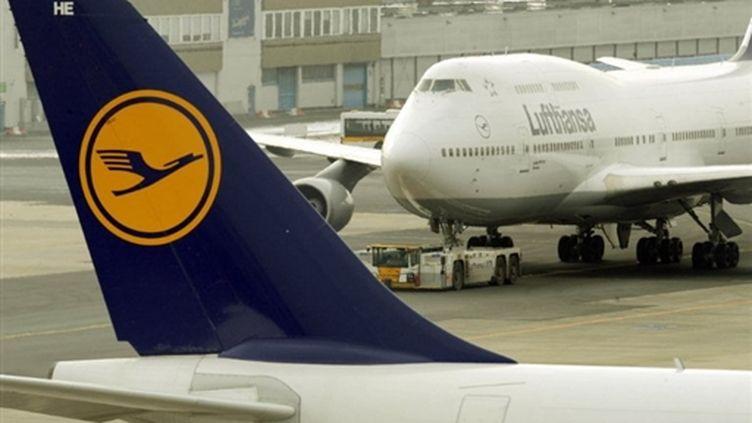 Des appareils de Lufthansa à l'aéroport de Francfort (AFP PHOTO DDP / THOMAS LOHNES)