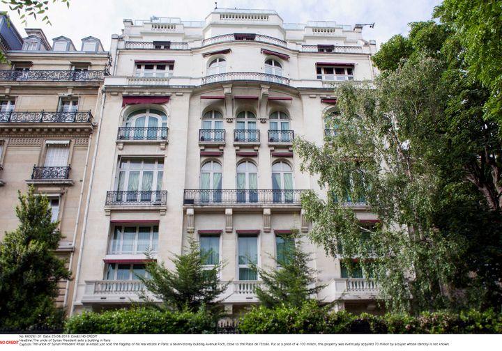 Le bâtiment avenue Foch, à Paris, qui appartiendrait à Rifaat Al-Assad. (SIPA)