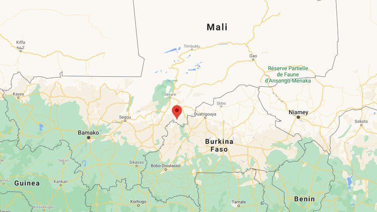 Plusieurs attaques sont survenues à Sokoura, au Mali, dans la nuit de lundi 12 à mardi 13 octobre 2020 puis dans la matinée du mardi, faisant au moins 24 morts, dont 12 civils, selon un bilan provisoire. (GOOGLE MAPS)