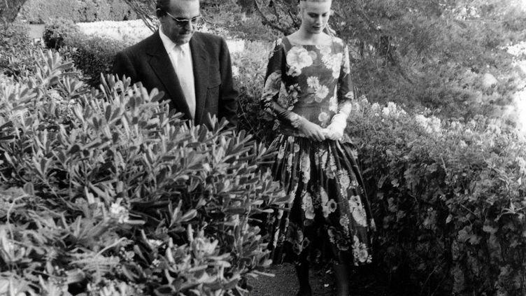 Premiere rencontre entre le prince Rainier III de Monaco et la star hollywoodienne Grace Kelly, le 6 mai 1955. (DALMAS/SIPA)