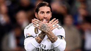 Le défenseur madrilène Sergio Ramos le 30 octobre 2019 lors d'un match de la ligue espagnole de football. (OSCAR DEL POZO / AFP)