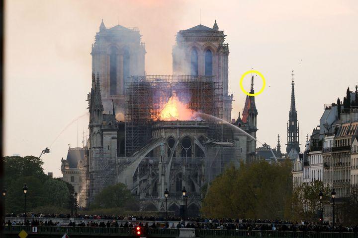 La cathédrale Notre-Dame de Paris, le 15 avril 2019. (MICHEL STOUPAK / NURPHOTO / AFP)
