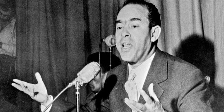 L'opposant marocain Mehdi Ben Barka, lors d'une conférence de presse à Casablanca, au Maroc, le 29 janvier 1959. (DSK / AFP FILES / AFP)