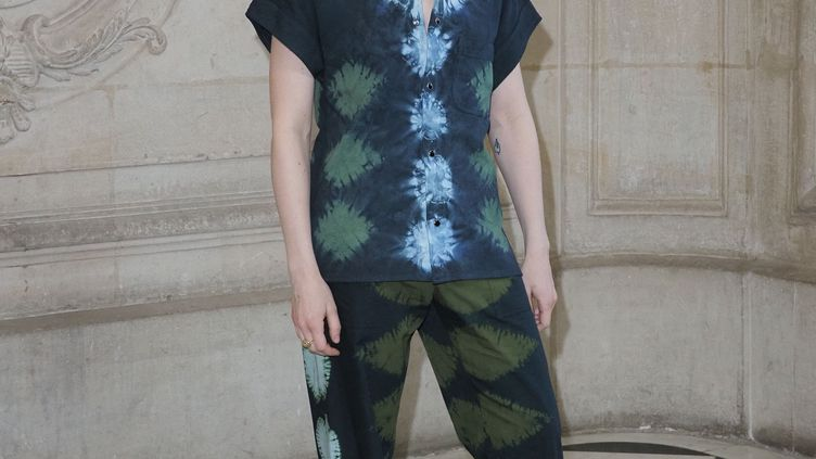 Héloïse Letissier, alias Christine & The Queens, à son arrivée au défilé haute couture Dior printemps-été, le 21 janvier 2020 à Paris. (LAURENT VU/SIPA)