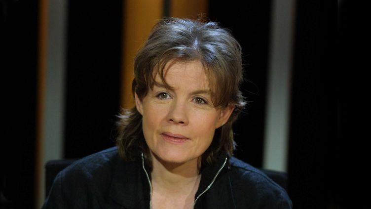 """Fred Vargas en décembre 2011 dans l'émission """"Vol de Nuit"""" sur TF1 (T.F.1-SUREAU/SIPA / NUMERIQUE)"""