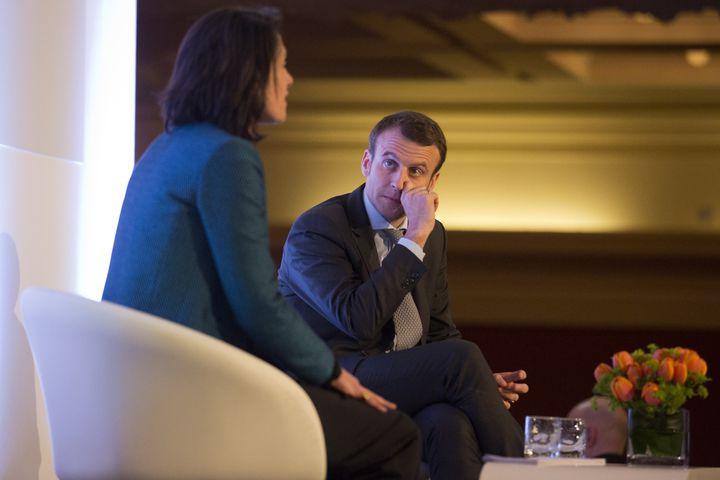 Emmanuel Macron, alorsministre français de l'Economie, en marge du sommet sur l'avenir de l'Europe qui s'est tenu à Londres le 14 avril 2016. (JUSTIN TALLIS / AFP)