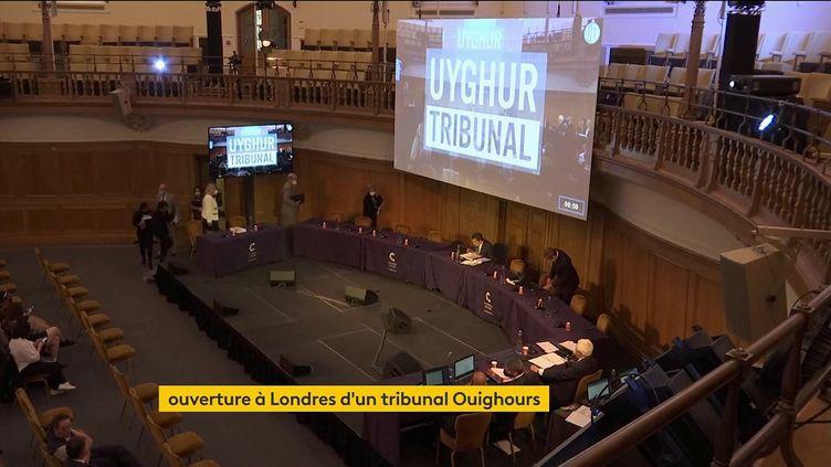 Le tribunal pour les Ouïghours (FRANCEINFO)