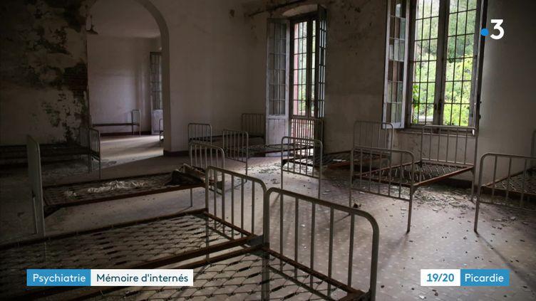 Un asile abandonné (Timea Jankovics)
