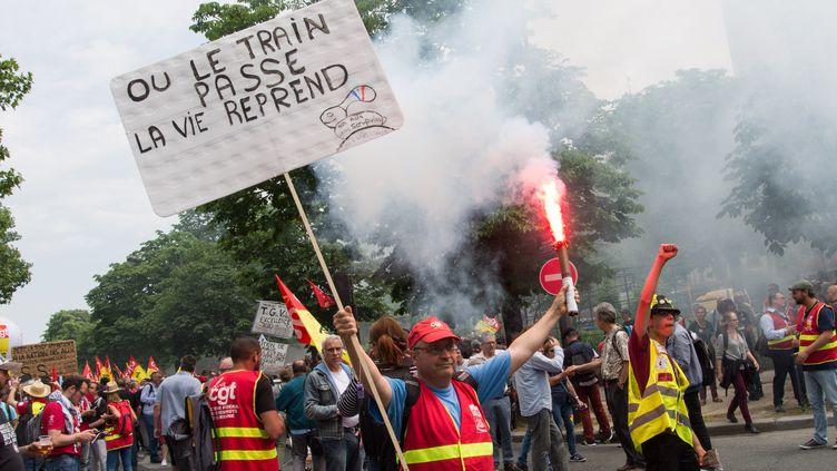 Une manifestation nationale de cheminots, le 4 juin 2019 à Paris. (RICCARDO MILANI / HANS LUCAS / AFP)