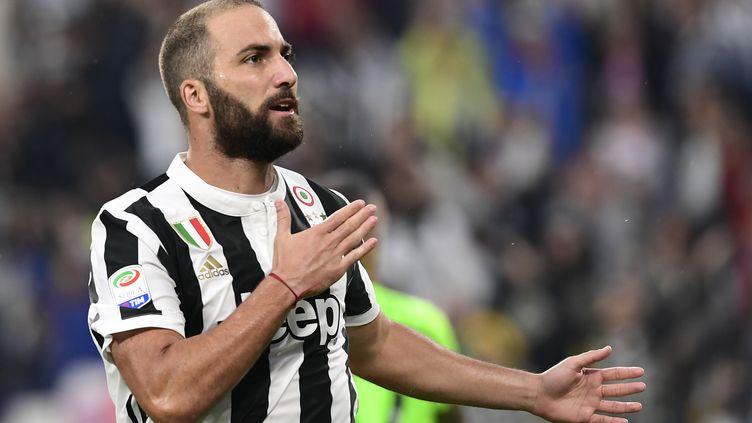 Gonzalo Higuain encore buteur avec la Juventus Turin (MIGUEL MEDINA / AFP)