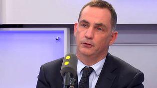 Gilles Simeoni, le président du Conseil exécutif de la collectivité territoriale de Corse, était l'invité de Tout est politique lundi 22 janvier 2018. (FRANCEINFO)