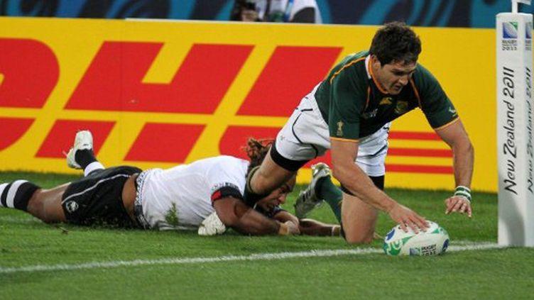 Jaque Fourie (Afrique du Sud) a marqué le deuxième essai de l'Afrique du Sud
