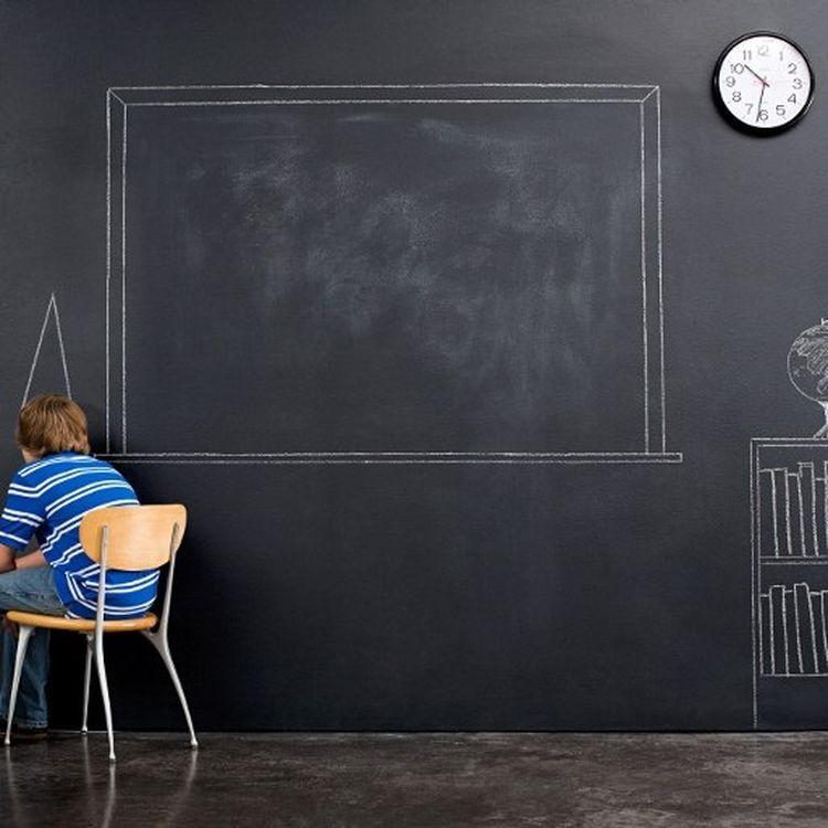 Selon une enquête de l'Insee datée du mois de février, les Français sont moins instruits que la moyenne des Européens. (CHRISTOPHER ROBBINS / IMAGE SOURCE)