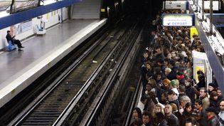 Le trafic sera très perturbé à Paris sur le réseau de la RATP, avec dix lignes de métro interrompues,vendredi 13 septembre 2019. (BERTRAND GUAY / AFP)