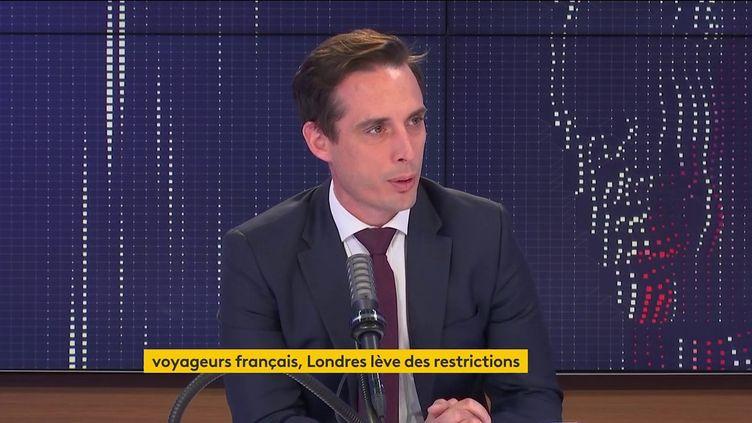 Jean-Baptiste Djebbari, ministre des Transports, était l'invité de franceinfo jeudi 5 août 2021. (FRANCEINFO / RADIOFRANCE)