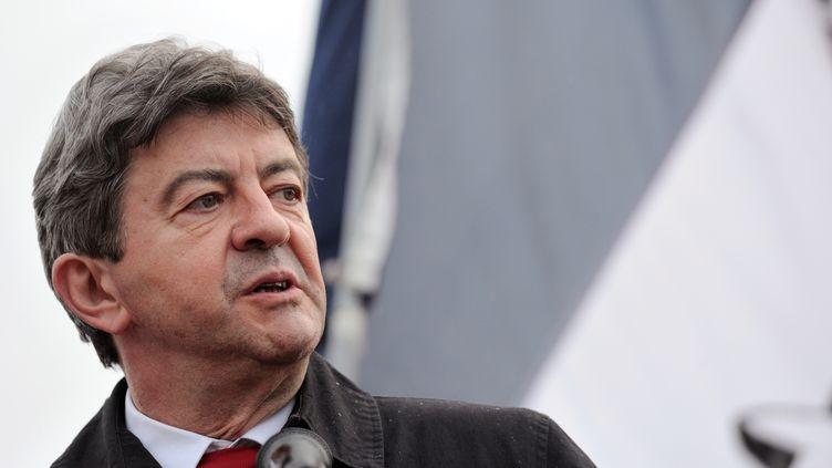 Le candidat du Front de gauche aux législatives dans la 11e circonscription du Pas-de-Calais, Jean-Luc Mélenchon, à Hénin-Beaumont (Pas-de-Calais), le 10 juin 2012. (DENIS CHARLET / AFP)