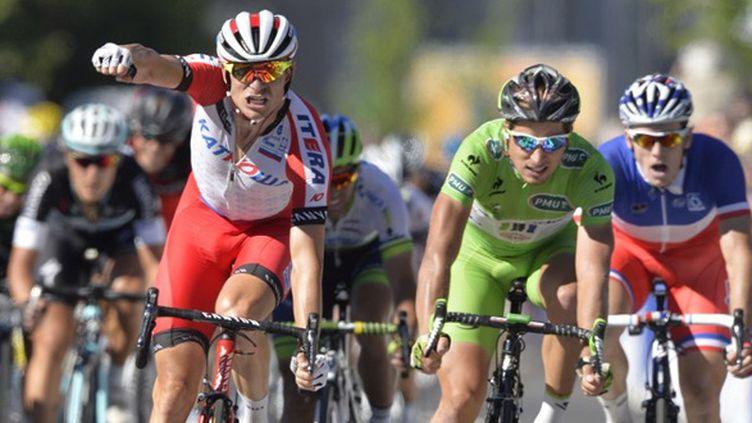 Alexander Kristoff vainqueur devant Peter Sagan et Arnaud Démare (ERIC LALMAND / BELGA MAG)