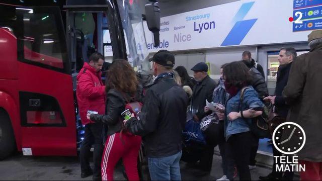 """Grève de la SNCF : """"Les cheminots nous prennent en otage"""""""