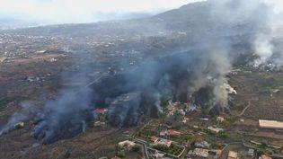 Le volcan en éruption continue de faire des dégâts sur l'île de La Palma, dans les Canaries, et inquiète les habitants. (CAPTURE D'ÉCRAN FRANCE 2)