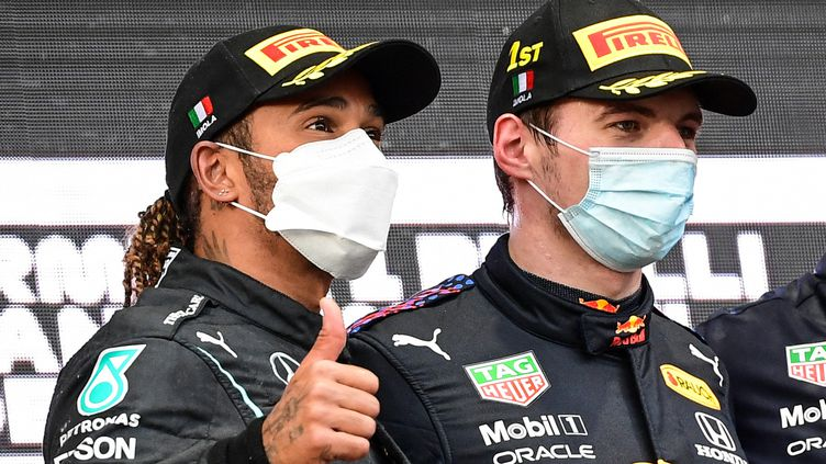 Lewis Hamilton et Max Verstappen vont une fois de plus être en duel lors du GP du Portugal. (MIGUEL MEDINA / AFP)