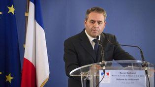 Xavier Bertrand, ministre de la Santé, lors de la conférence de presse sur la réforme du médicament, le 23 mai 2011 (AFP/JOEL SAGET)
