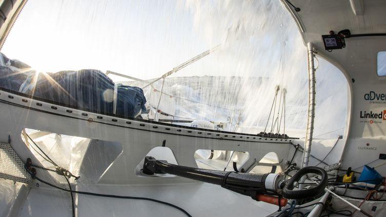 A bord de Linkedout, quasi à l'arrêt pour réparation (Pierre Bouras / TR Racing)