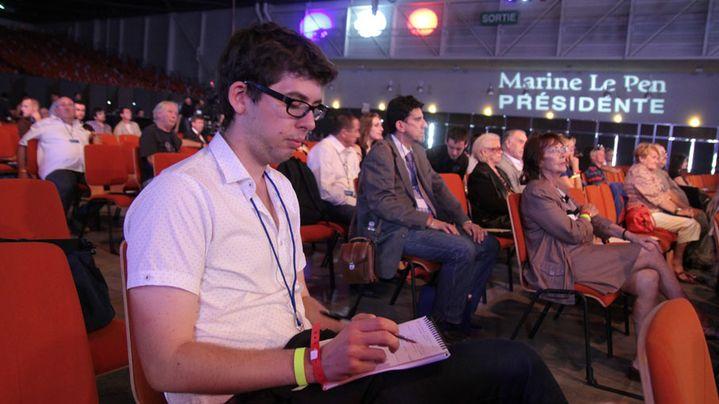 Pierre Ducarne, tête de liste Front national pour les municipales à Nancy (Meurthe-et-Moselle) assiste à une conférence lors de l'université d'été du parti à Marseille (Bouches-du-Rhône), le 14 septembre 2013. (ELODIE DROUARD / FRANCETV INFO)