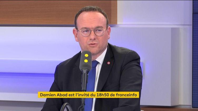 Damien Abad, député Les Républicains, était l'invité du 18h50 de franceinfo. (FRANCEINFO)