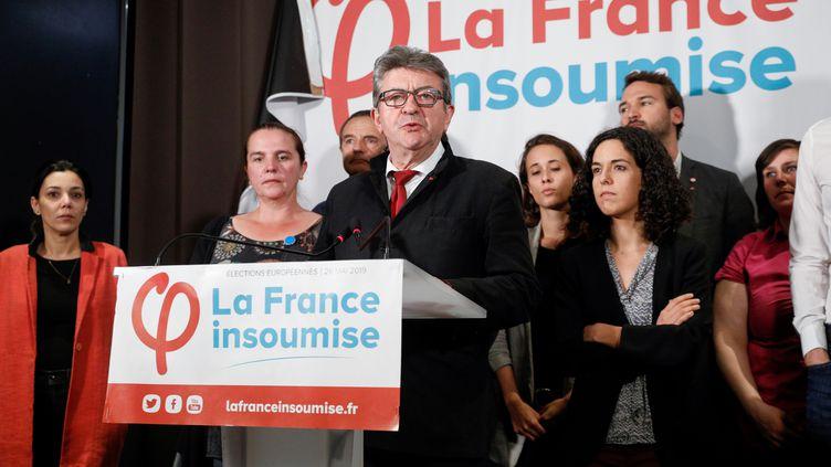 Jean-Luc Mélenchon et la tête de liste de La France insoumise aux européennes, Manon Aubry. (GEOFFROY VAN DER HASSELT / AFP)