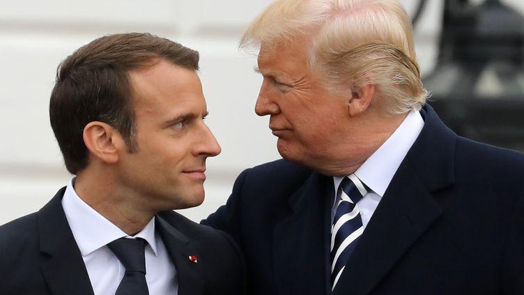 Emmanuel Macron et Donald Trump le 24 avril 2018 à la Maison blanche, aux États-Unis. (LUDOVIC MARIN / AFP)