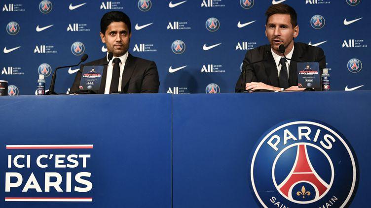 Le président du PSG, Nasser Al-Khelaifi, lors de la présentation officielle de Lionel Messi au Parc des Princes, le 11 août 2021. (STEPHANE DE SAKUTIN / AFP)