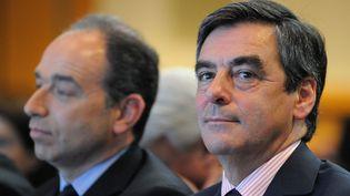 L'ancien Premier ministre, François Fillon, au côté de l'actuel patron de l'UMP, Jean-François Copé, le 26 mai 2012 à Paris. (WITT / SIPA)