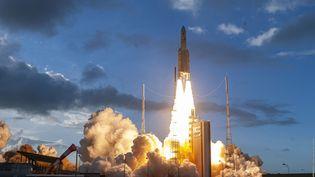 La fusée Ariane 5 décolle de Kourou (Guyane), le 30 juillet 2021.  (P PIRON / ESA)
