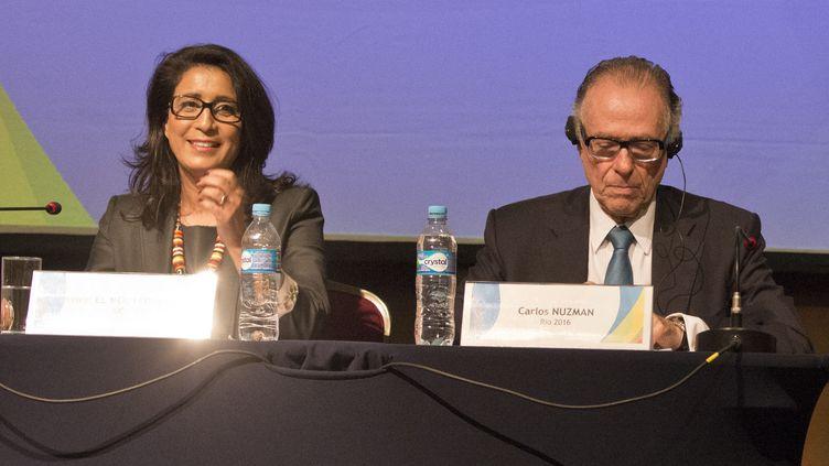 Nawal El Moutawakel, présidente de la  commission de coordination des JO, et Carlos Nuzman, président du Comité d'organisation des Jeux de Rio (VANDERLEI ALMEIDA / AFP)