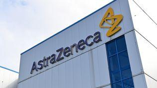 Le laboratoire AstraZeneca, le 21 juillet 2020 au Royaume-Uni. (PAUL ELLIS / AFP)