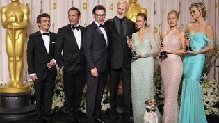 """L'équipe de """"The Artist"""" lauréate des 84e Oscars  (Joel Ryan/AP/SIPA)"""
