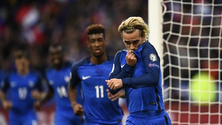 Antoine Griezmann a ouvert le score pour l'équipe de France face à la Biélorussie (CHRISTOPHE SIMON / AFP)