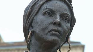 La journée nationale des mémoires de la traite, de l'esclave et des abolitions se déroule vendredi 10 mai. Bordeaux (Gironde) rend hommage à Modeste Testas, achetée puis déportée. (FRANCE 3)