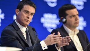 Le Premier ministre Manuel Valls, le 21 janvier 2016 à Davos (Suisse), lors du Forum économique mondial. (FABRICE COFFRINI / AFP)